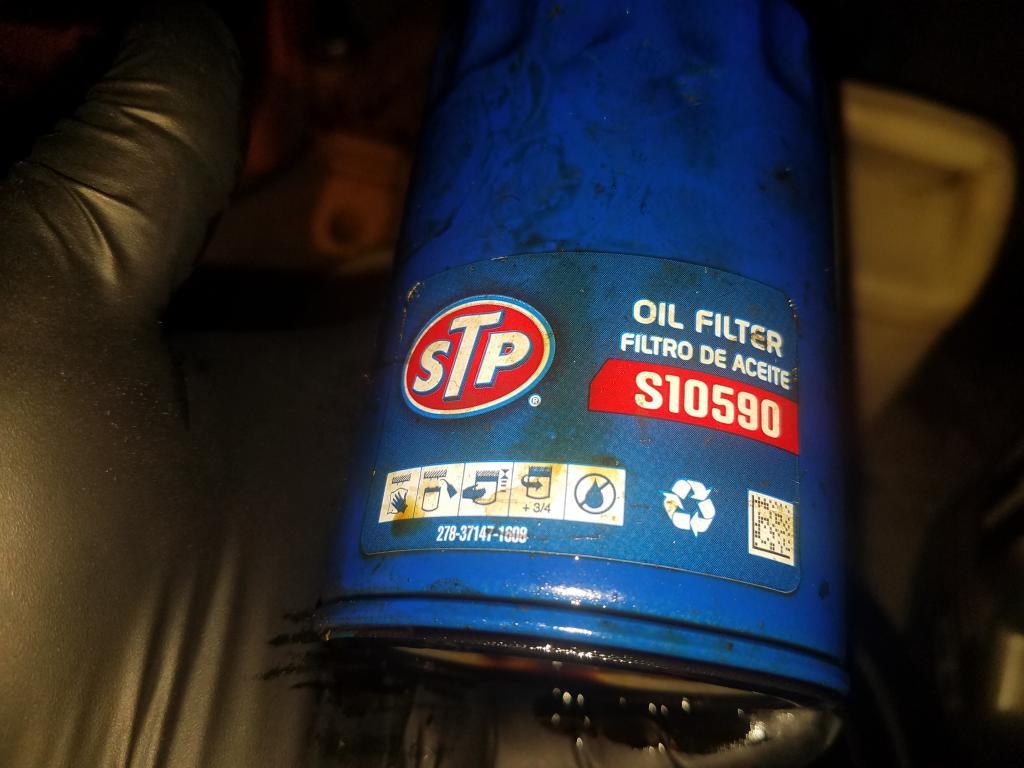 STP S 10590 CUT OPEN - Bob Is The Oil Guy